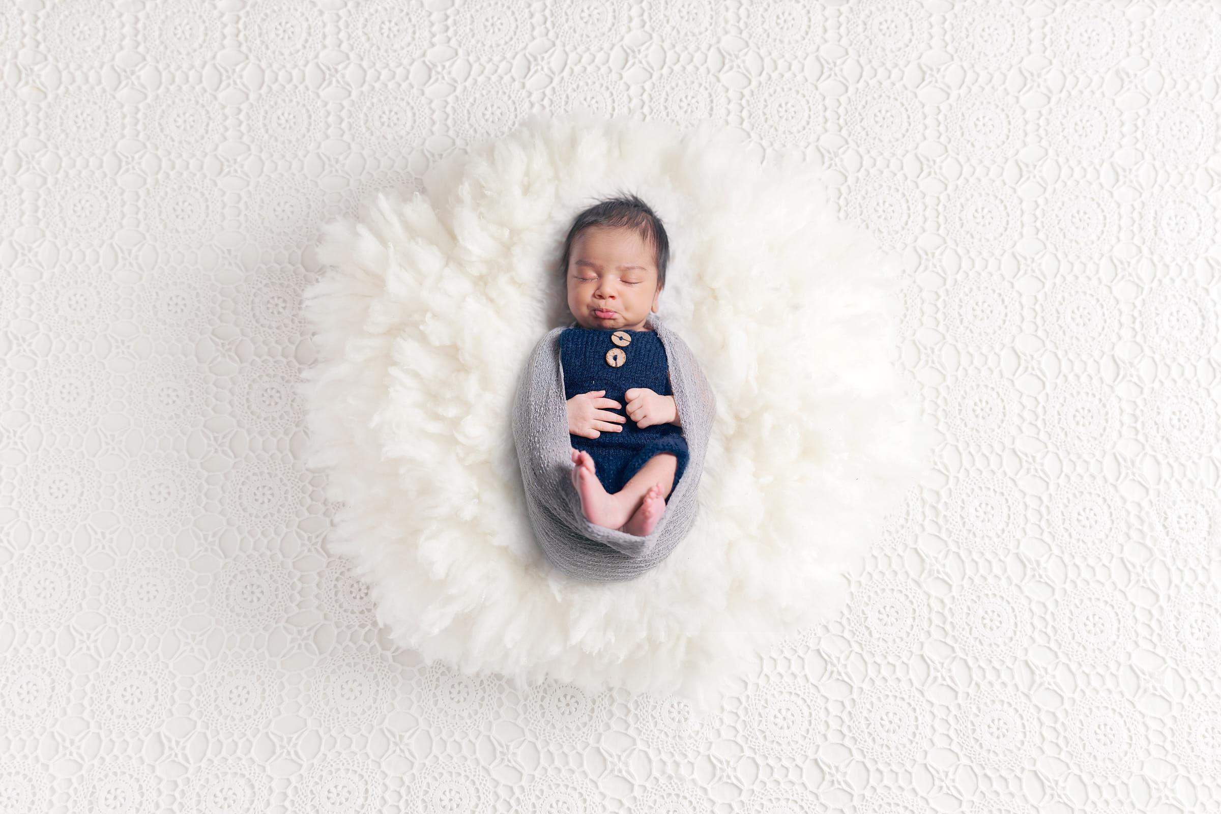 Cute Newborn Poses White Fur Backdrop Afewgoodclicks