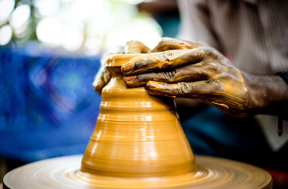 Clapy Pot In Making Photo Flea Markets India