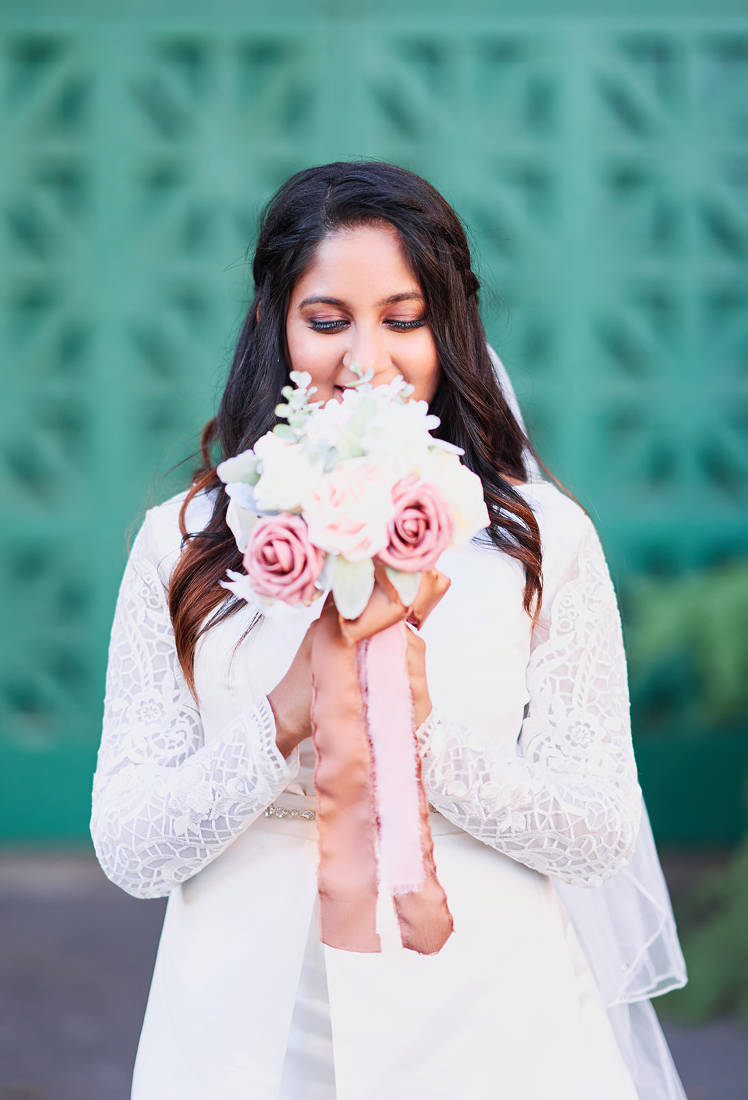 Bride Portraits Holding Flowers Poses Ideas Afewgoodclicks